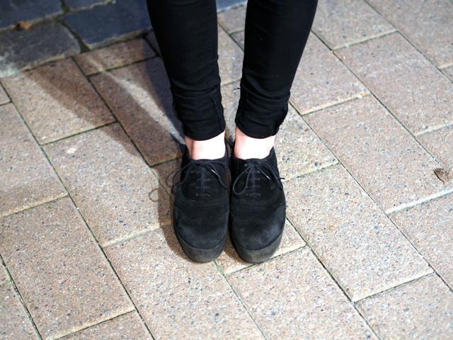 vagabond lace up suede shoes with flatform
