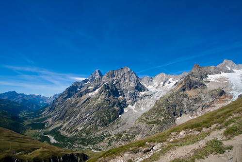 trekking confine valle elena svizzera sentiero aosta rifugio valledaosta rifugioelena coldugrandferret mygearandme flickrbronzetrophygroup