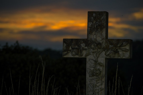 sunset church nikon shadows gravestone stonehouse nikond3200 tamron70300 thenutshell abigfave
