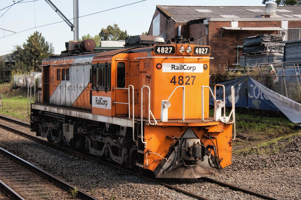 4827 Passing Canterbury by Trent