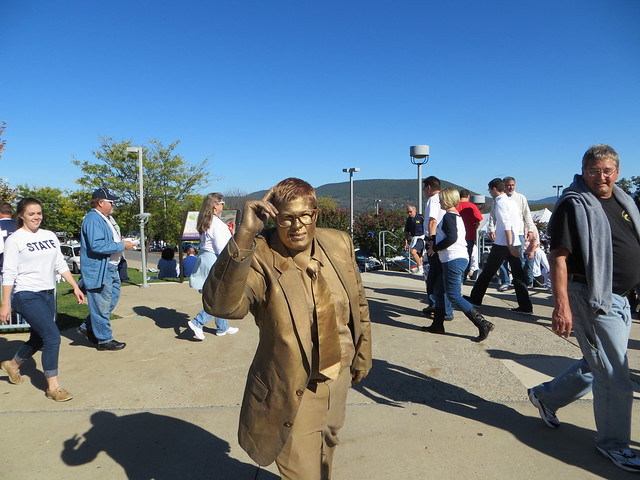Guy dressed as Paterno statue