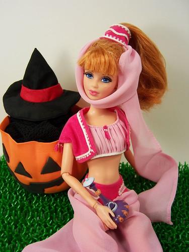 Halloween Midge by Sartoria Gigi