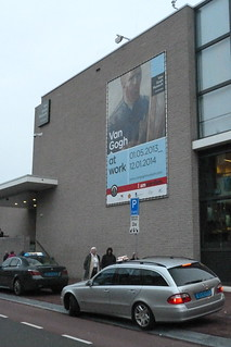 van Gogh Museum outside