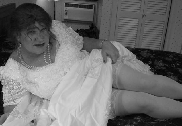 Old-Fashioned Wedding Dresses