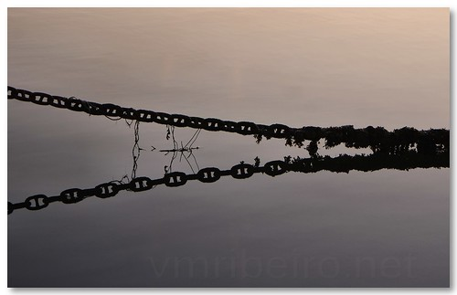 Chains by VRfoto