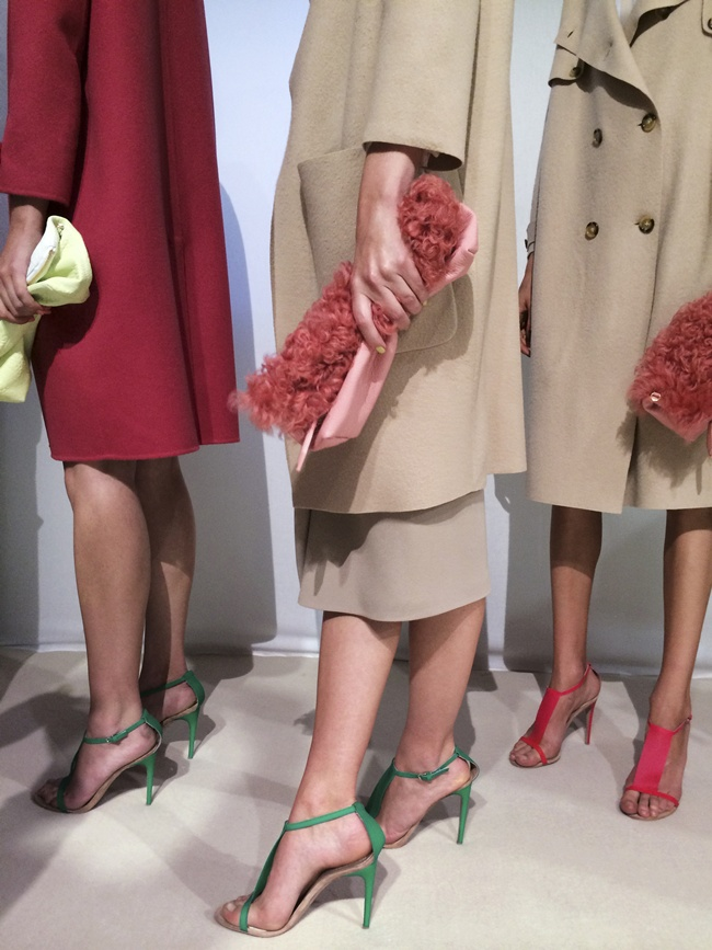 afb98cf85c059d 4 Backstage at the Burberry Prorsum Womenswear Spring Summer 2014