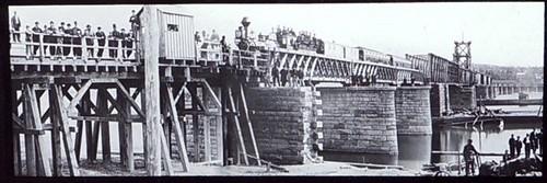 1860s 1st railroad bridge across HUDSON Albany NY NYCRR