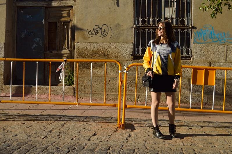 lara-vazquez-madlula-blog-sweater-yellow-sheinside-look