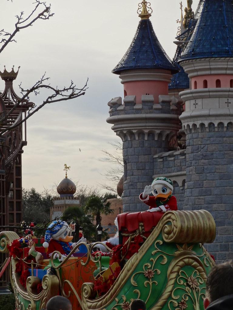 Un séjour pour la Noël à Disneyland et au Royaume d'Arendelle.... - Page 3 13669216293_5bf4433567_b