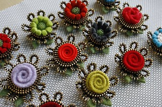 "Small boutonnieres... these are about 1 1/2"" wide."