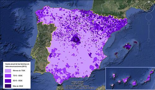AionSur 13873579833_807eb4a339_d El gasto de familias españolas en telecomunicaciones se redujo un 11,27% entre 2010 y 2013 Sociedad  gastos familia telecomunicaciones