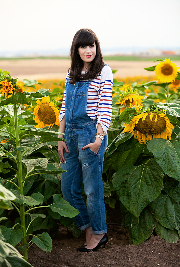 dungarees, denim overalls, striped shirt, חמניות ,אוברול ג'ינס, חולצת פסים, בלוג אופנה