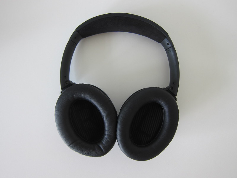 Bose QC35 - Back