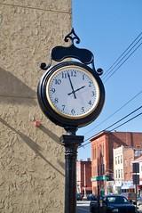 Clock per Nick Amoscato a Flickr