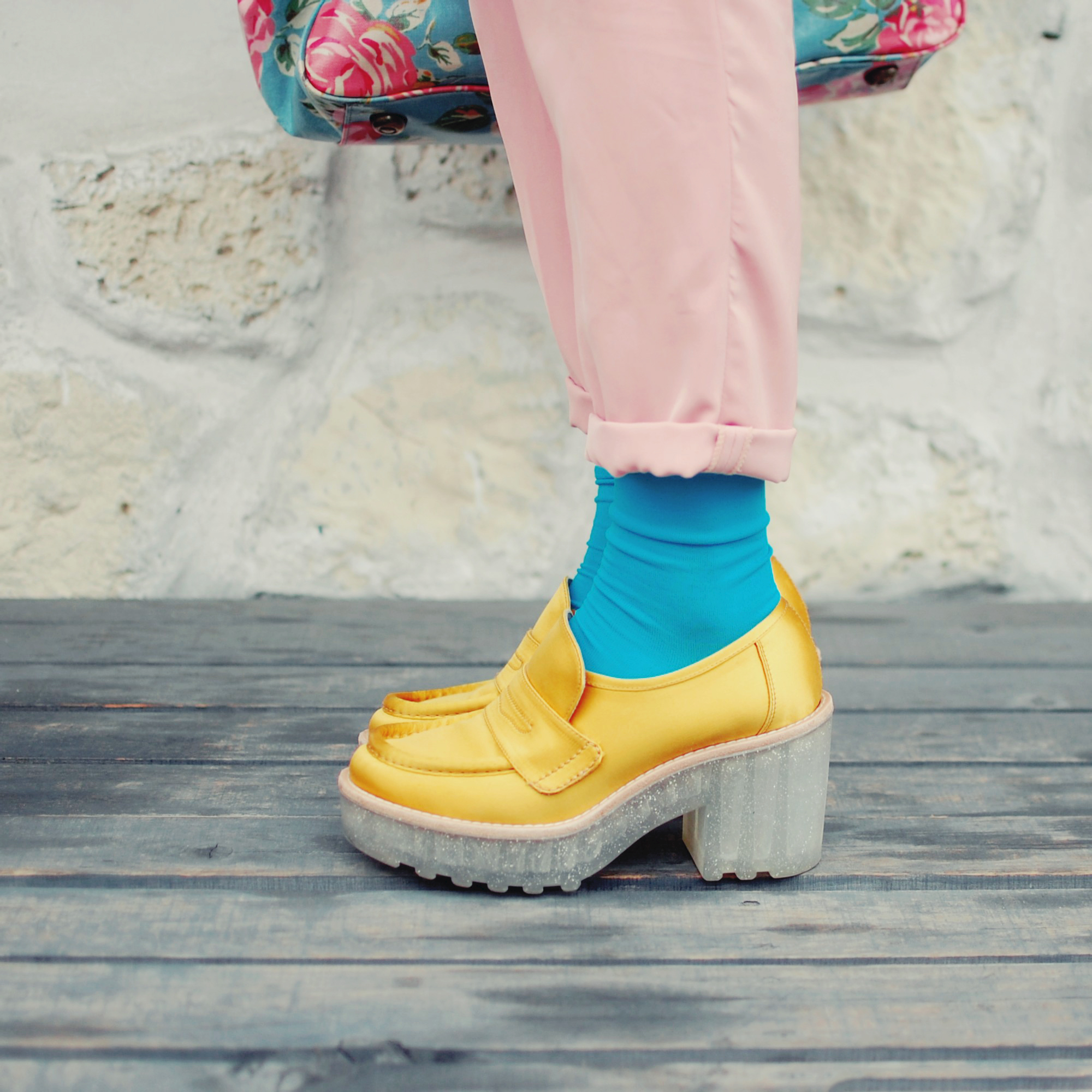 blue socks with yellow shoes