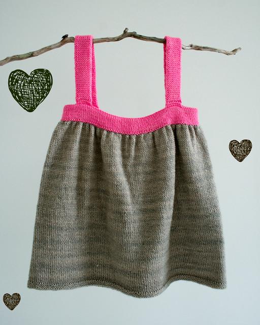 knit_baby_dress