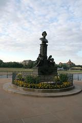 Liszt-Denkmal - Brühlsche Terassen