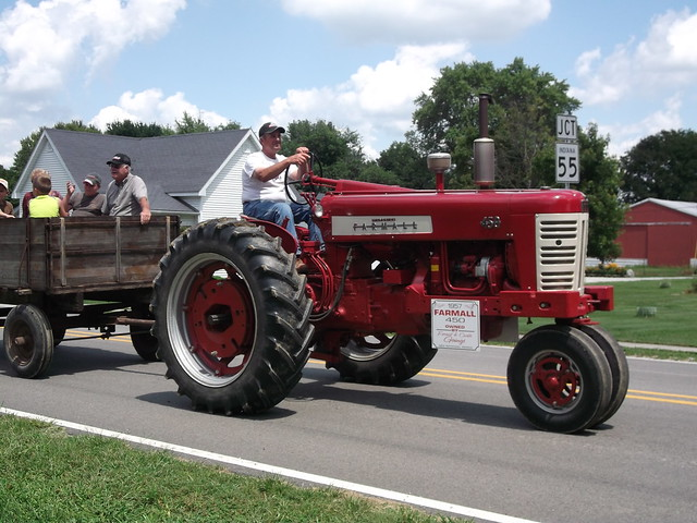 Types Of Tractor Trailers : Farmall type tractor and goings farm trailer