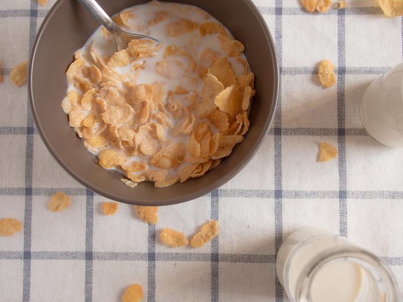 Cornflakes with milk :D