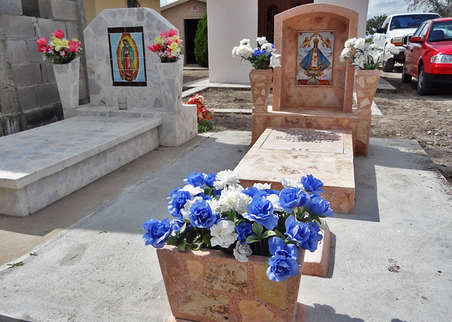 flowers-graves