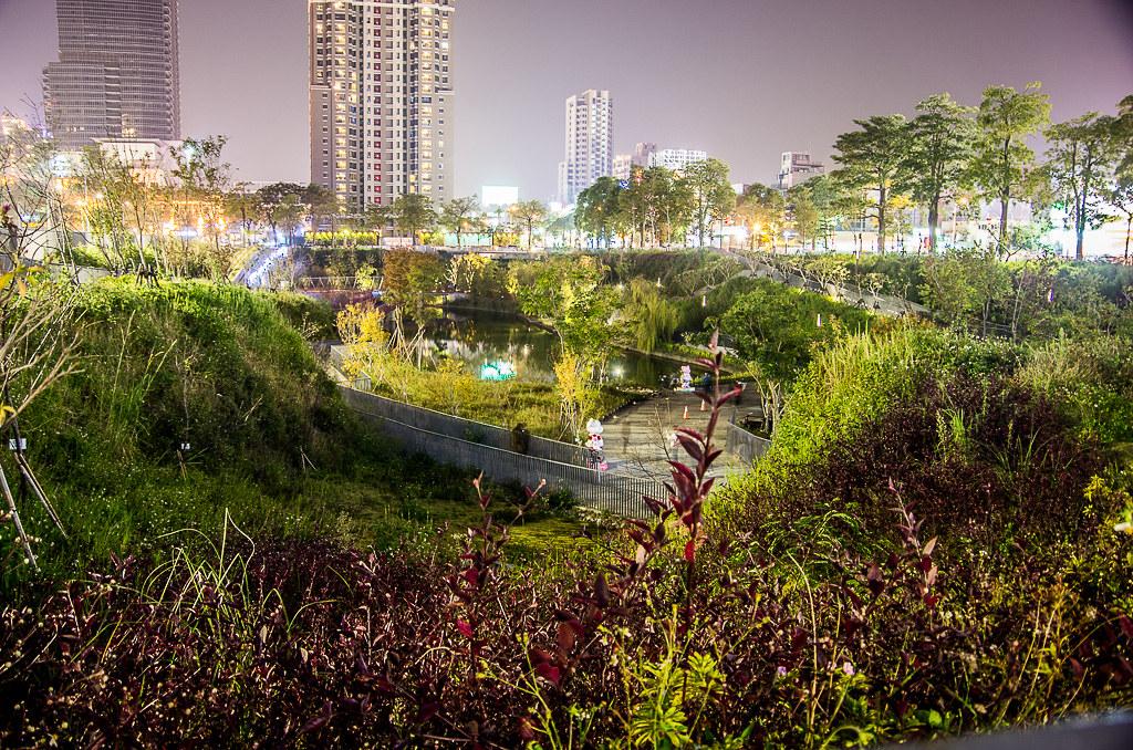 秋虹谷之夜