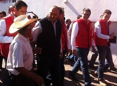 Se reintegra el gobernador Calzada a sus labores