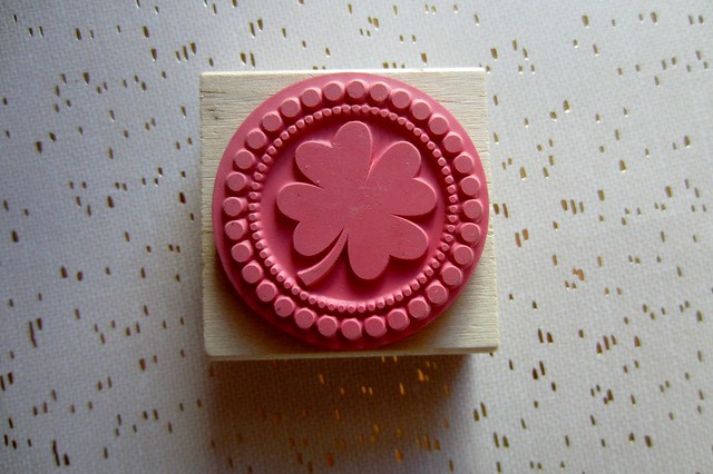 customize store-bought rubber stamp tutorial 8