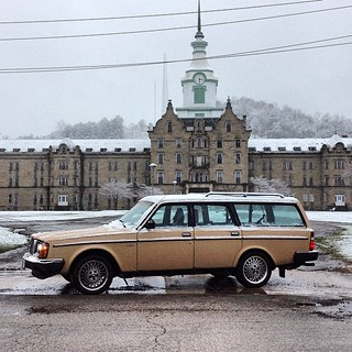 What a difference a day makes #weston #westvirginia #wagonspotting #jagrullar #transalleghenylunaticasylum #tekkbabe859 #boxystyle #blondebetweenthemountains #thismorning