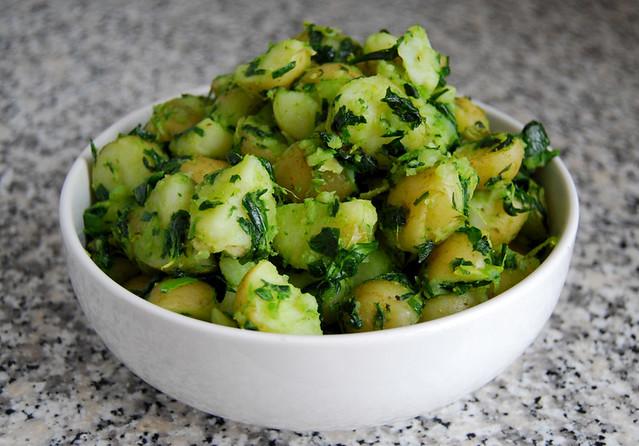 New-Potatoes-with-Wild-Garlic-Lemon