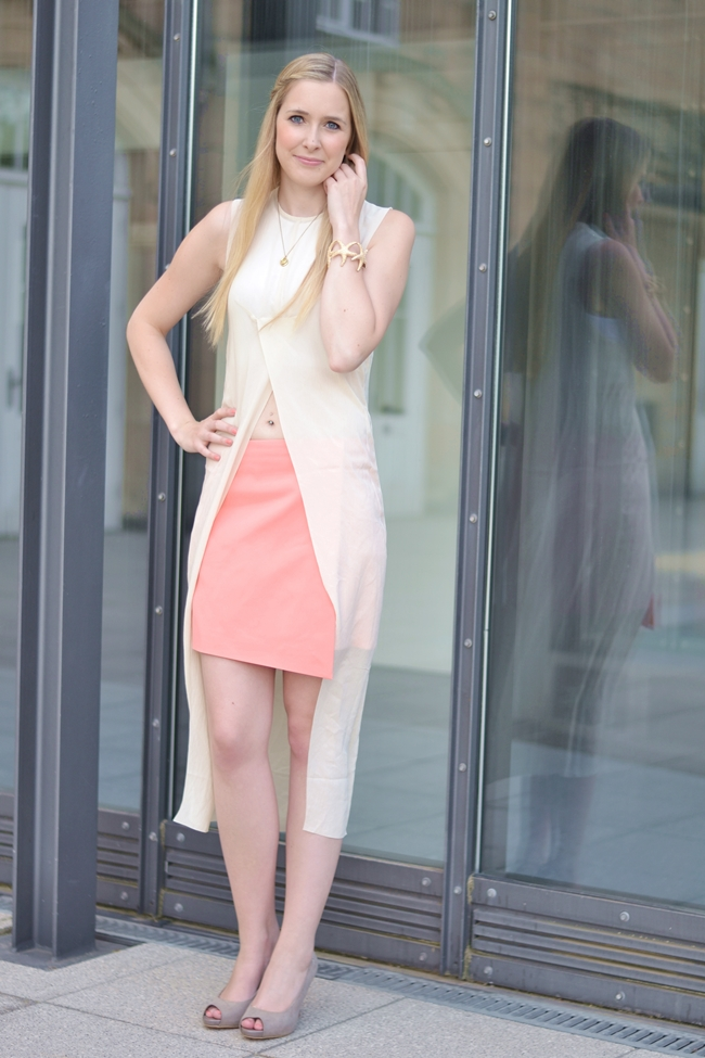 Outfit C&C Coral and Crop Top (1)