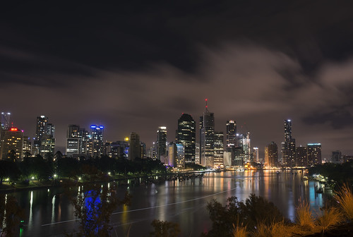 city light cliff tourism night clouds canon lens point lights nikon long exposure cityscape angle time low tripod wide australia brisbane cliffs nighttime kangaroo queensland