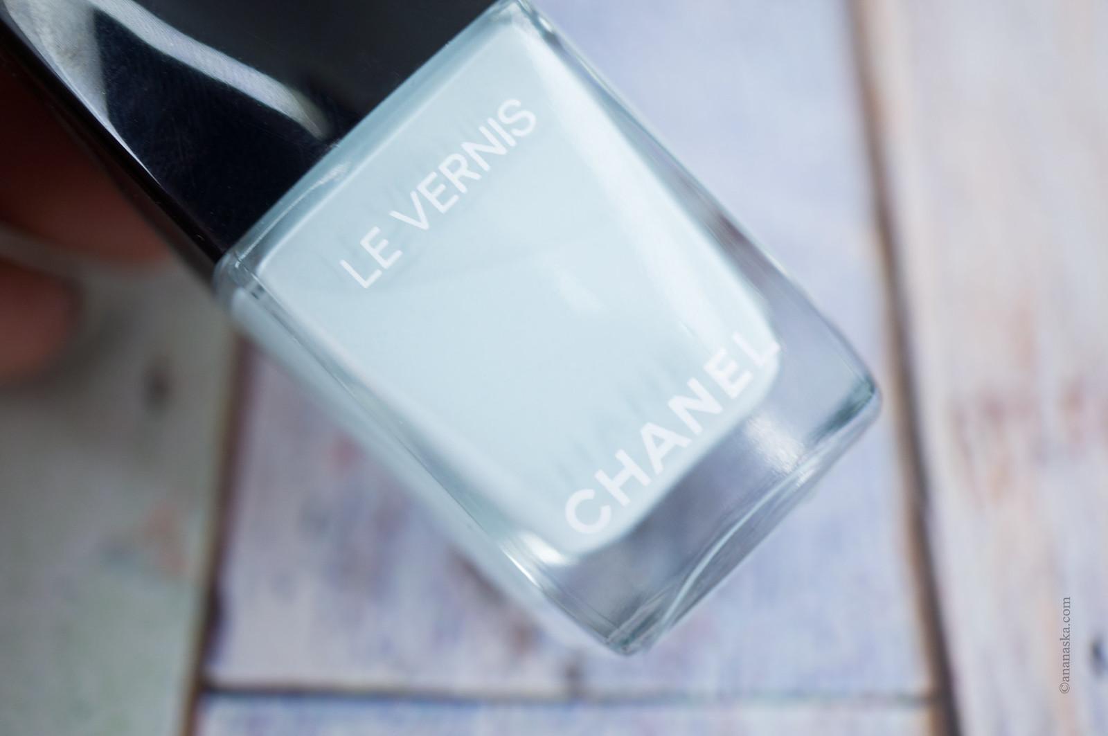 Chanel Le Vernis 584 Bleu Pastel