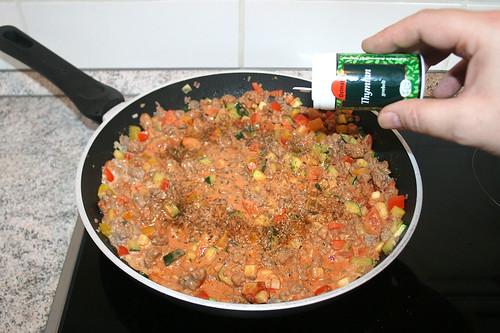 31 - Mit Gewürzen abschmecken / Taste with seasoning