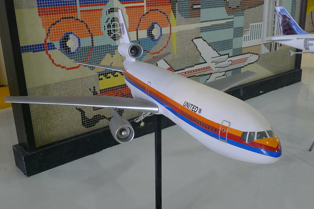 Model: United Airlines McDonnell Douglas DC-10