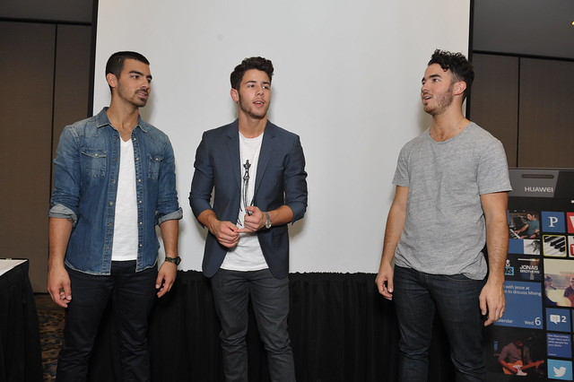Huawei W1 Party with Jonas Brothers