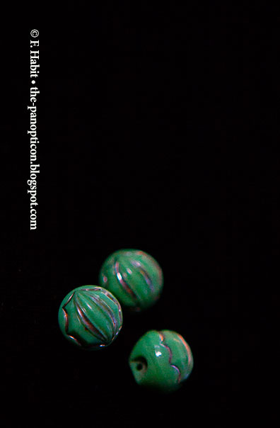 green-bead-buttons