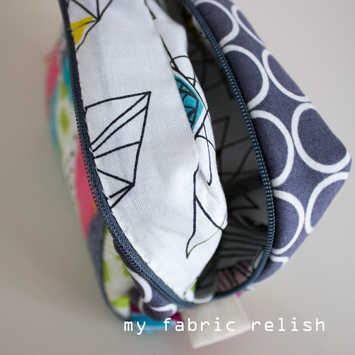 Zakka 2.0 - Triangle Patchwork Pouch