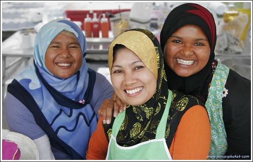 Smiling ladies at the Phuket Halal Expo