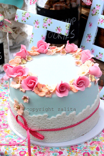 a suprise cake by {zalita}