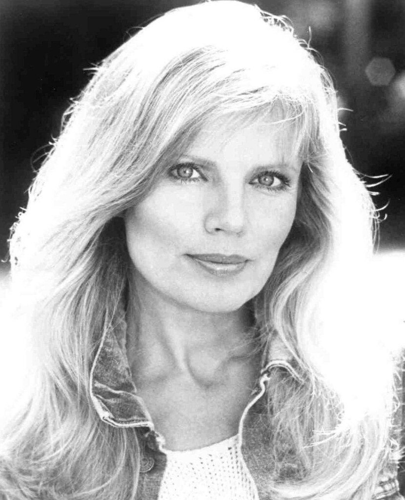 Watch Marta Kristen video
