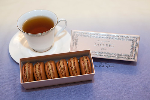 Ladurée Gingerbread macarons for Fall/Holiday 2013
