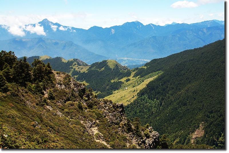 聖稜俯瞰369山莊