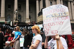 Show some leadership pollies, kick the coal industry out of bed | No coal export rally 10 Dec 2013