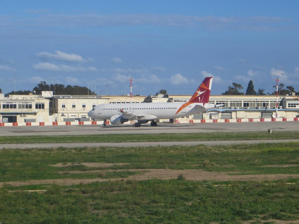 Malta (Valletta/Luqa) Airport (MLA / LMML) 11718369966_52c6daf5b7_b