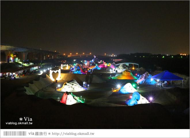 【2014台灣燈會在南投】南投沙雕燈會~夜間點燈好浪漫!還有精彩光雕秀2