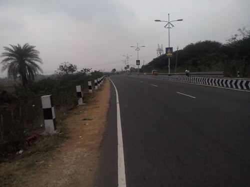 Kanchipuram-Road-2