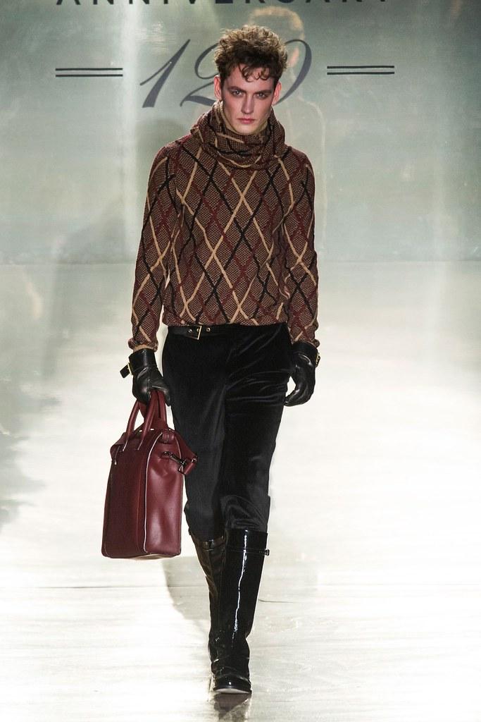 Jakob Hybholt4127_FW14 Milan Daks(fashionising.com)