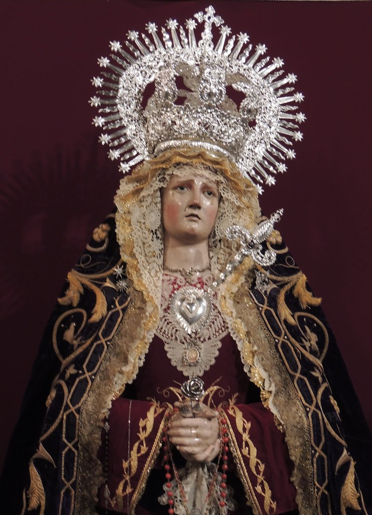 Corona y Daga para María Santísima de las Angustias, Iglesia de San Pablo de Cádiz.