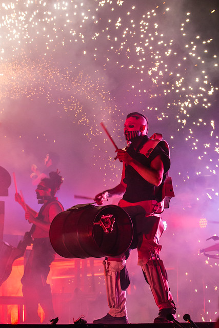 Les Commandos Percu & Deabru Beltzak - Openingsavond Het Groot Verlof
