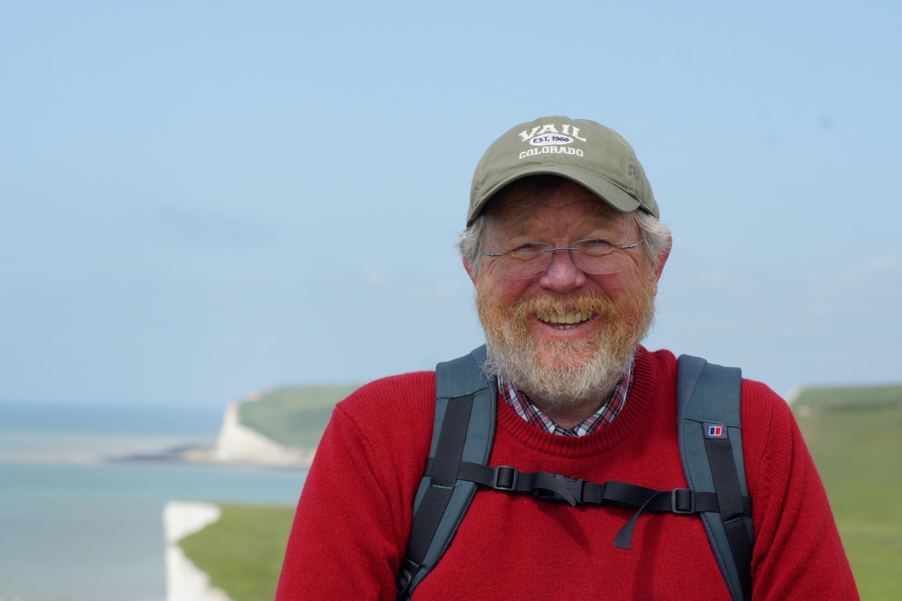 Bill Bryson Headshot